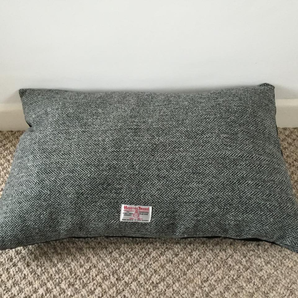 Harris Tweed Dog Bed